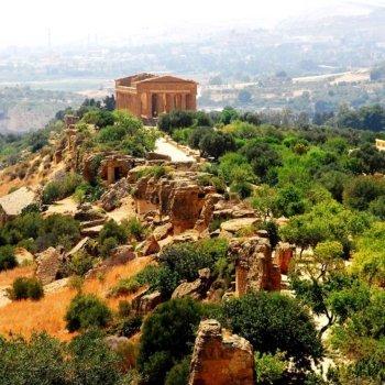 Долината на храмовете