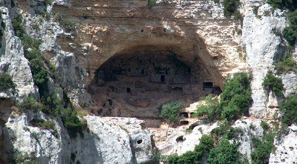 пещерата на разбойниците
