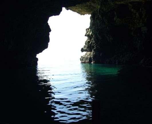 Тюленова пещера