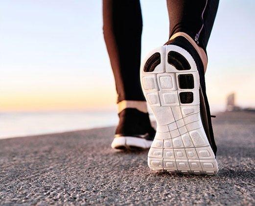 Обувки при болки в гърба