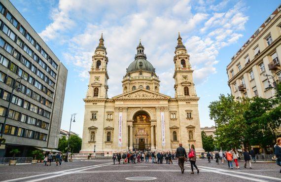 Базиликата Св. Стефан