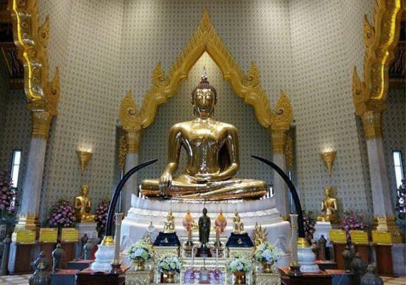 най-голям златен Буда