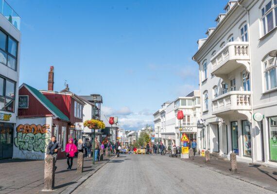 търговска улица в Рейкявик
