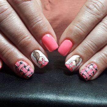 розови оригинални къси нокти