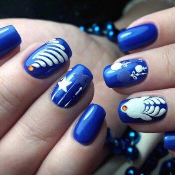 зимни тъмносини нокти