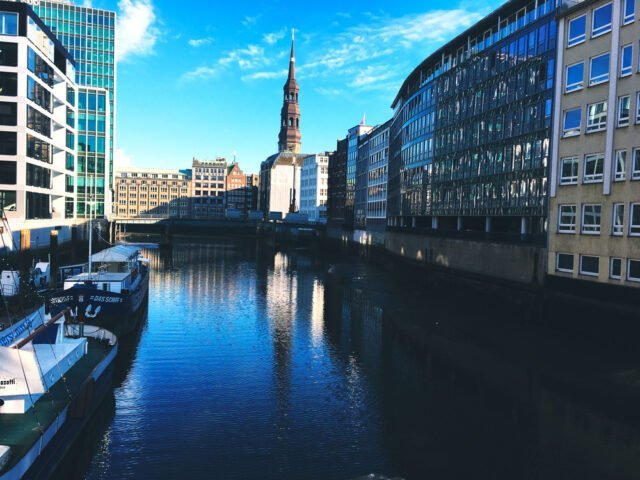 каналите в Хамбург
