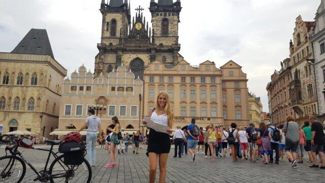 площада в Стария град