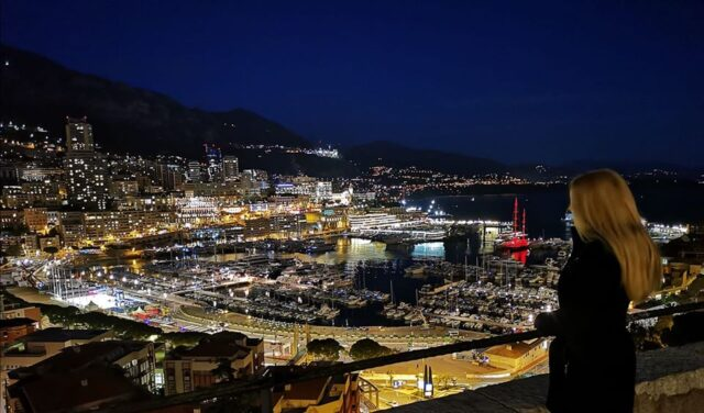 Монако нощем
