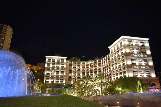 Монте Карло през нощта
