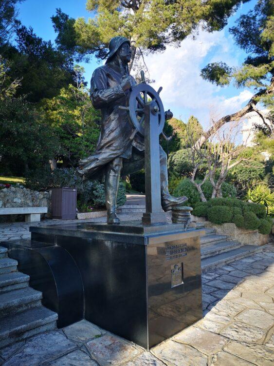 статуя на Албер I