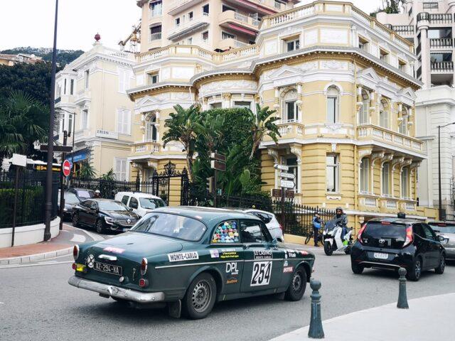 придвижване в Монако