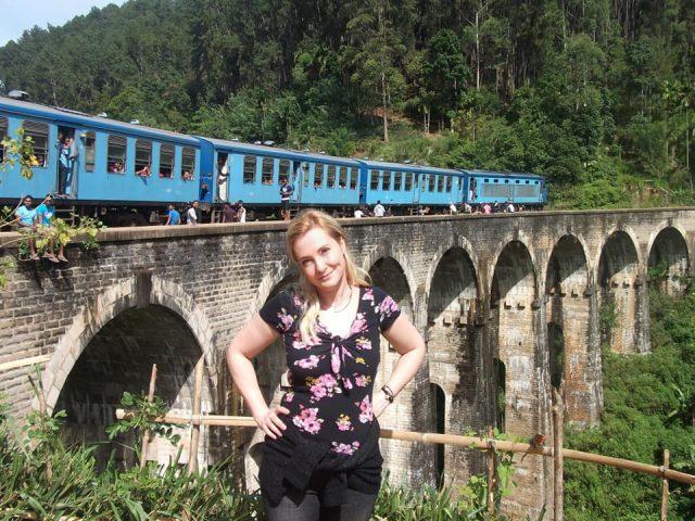 Моста с 9-те арки в Шри Ланка
