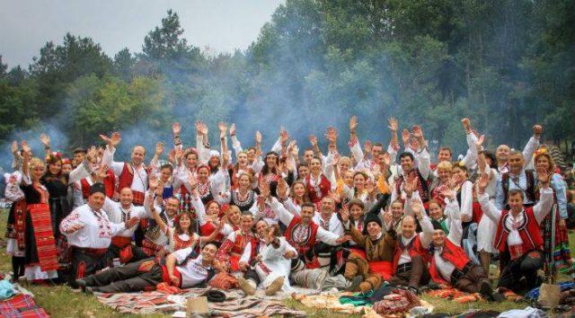 фестивал на народната носия Жеравна