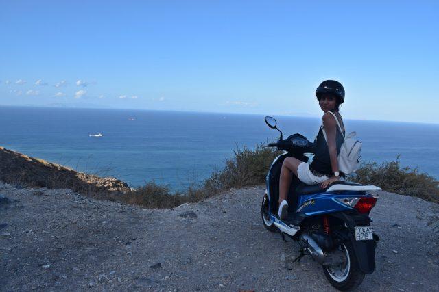 Санторини с моторче