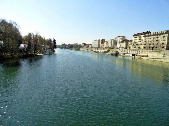 река в Торино