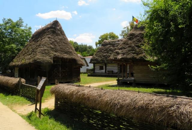 Музей на селото Букурещ