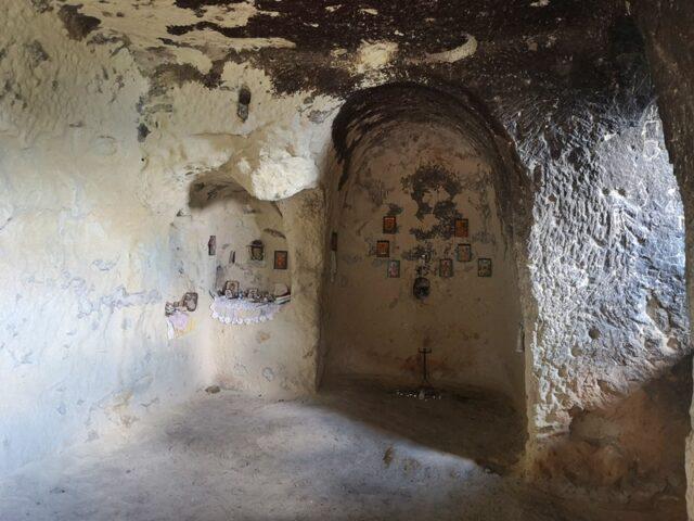 църква Ханкрумски скален манастир