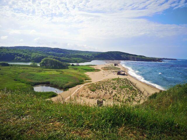 гледка към Северния плаж Синеморец