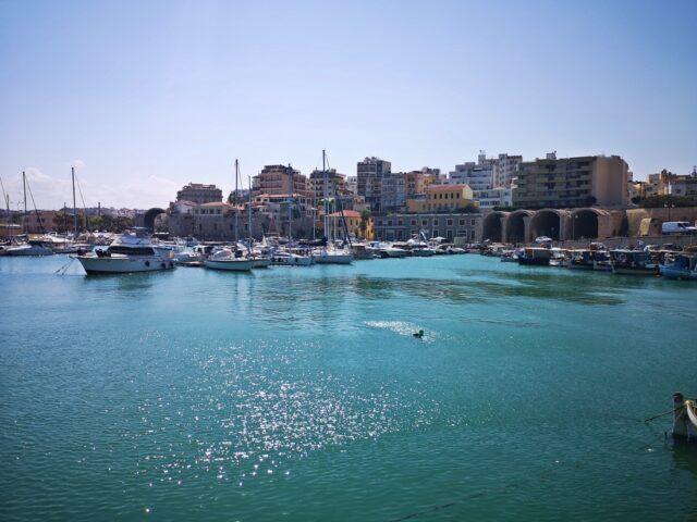 Ираклио пристанище