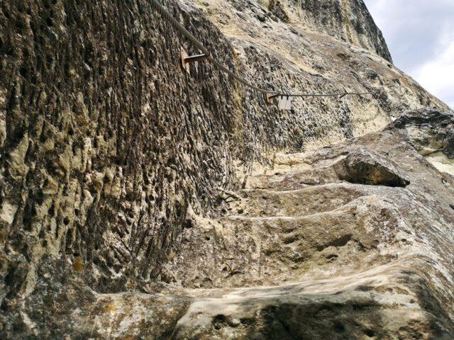 изсечени стълби Ханкрумски манастир